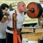 На чемпионате Черновицкой области по пауэрлифтингу установили три новых рекорда Украины