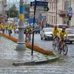 Экс-премьер-министр Литвы приехал на велосипеде до Черновцов