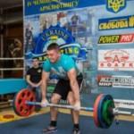 Буковинец готовится к чемпионатам мира по армліфтингу и гиревому спорту