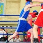 В Черновцах боксировали спортсмены из Буковины и Молдовы