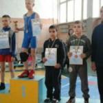 Черновицкие борцы привезли 10 медалей из Кельменцев